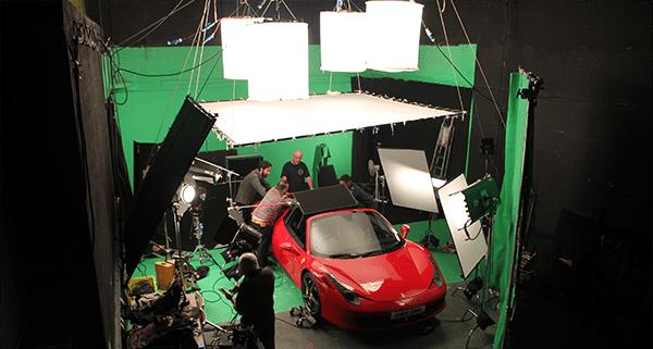 odd-machine-film-studio-shooting-day