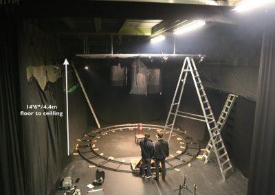 Studio 1 - Black, Circular Track 1