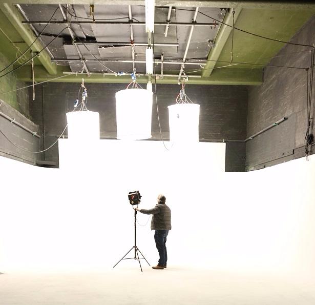 new-white-screen-film-studio