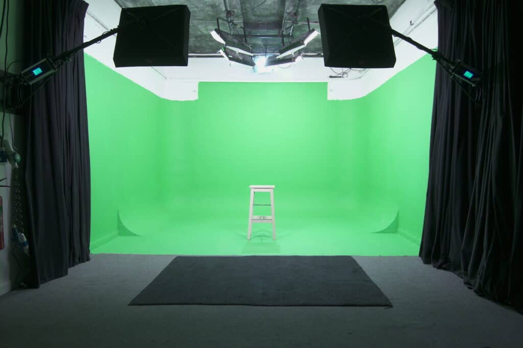 GREENSCREEN studio with stool